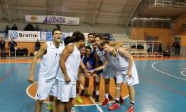 """CMC Carrara: siamo alla """"Decima"""". Sconfitto Agliana per 77 a 61"""