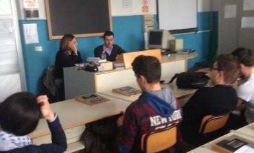 """Serie di incontri alla scuola """"Salvetti"""" di Massa sull'industrializzazione del territorio apuano"""