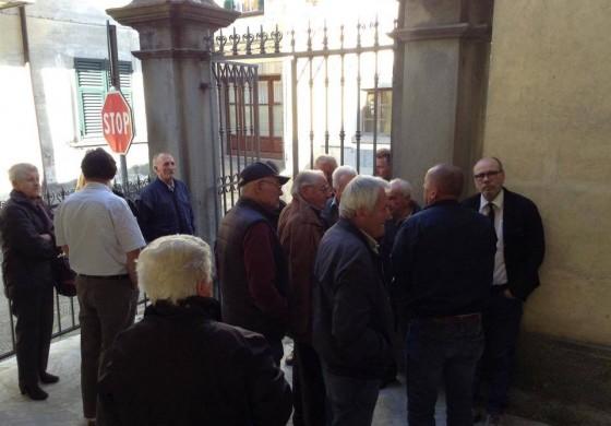 Proteste in consiglio comunale