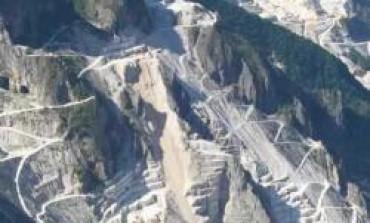 Fivizzano: Novelli accusa Grassi per la noncuranza verso i cassaintegrati delle Cave della Cava Crispina