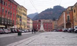 Parcheggi gratis a Carrara per le festività natalizie