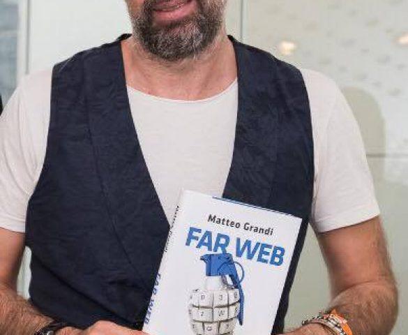 """Alla scoperta del volto oscuro della rete con Matteo Grandi, autore di """"Far Web"""""""