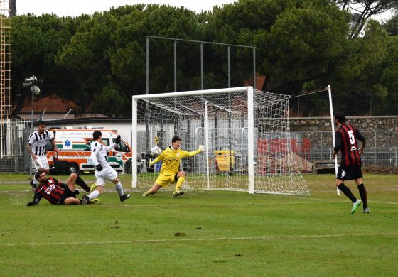 Massese - Argentina Arma 5 - 0 Highlights di Umberto Meruzzi del 10/12/17