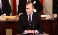 Bush senior, il complottismo e quella frase non capita