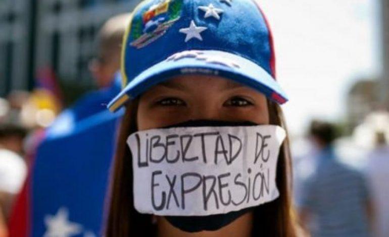 """POLITICA INTERNAZIONALE – Le piazze piene e le """"cose buone"""" di Maduro"""