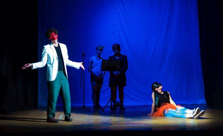 CARRARA – Terzo appuntamento con il teatro Boofe koor