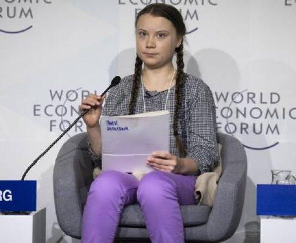 """Perché la destra """"ecologista"""" critica Greta Thunberg e i ragazzi come lei"""